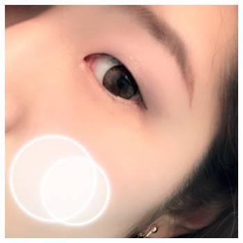 ジッと見つめて(2018/09/07 13:46)天野 よつばのブログ画像