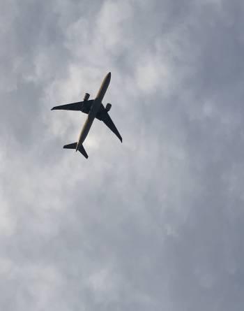 五反田上空の飛行機…@ゆみ(2020/02/05 15:31)大橋 ゆみのブログ画像